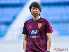 国足选拔队27人大名单公布,李铁任主帅