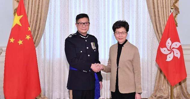 中央任命邓炳强为香港警务处处长