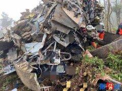台湾黑鹰直升机坠毁8死5生还