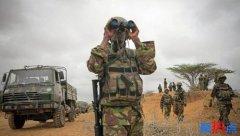 美军在肯尼亚基地受到恐怖袭击