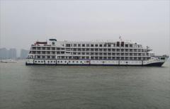 武汉启用7艘游轮船酒店