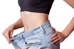 睡前一个动作暴瘦肚子 睡前瘦肚子有效动作
