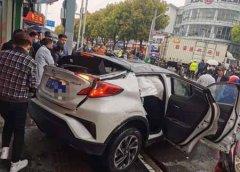 苏州黄埭发生车祸 台籍司机肇事逃