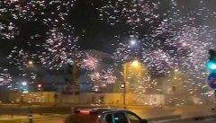 法国巴黎爆发反封锁骚乱