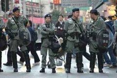 香港警方拘捕8人