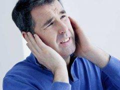 耳鸣是什么原因引起的