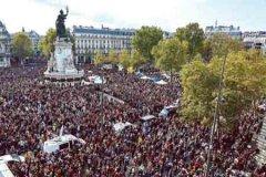 法国将为被斩首教师举行全国哀悼