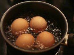 煮鸡蛋需要多长时间(鸡蛋煮几分钟能熟)