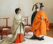 日本宣告天皇弟弟为第一继承人
