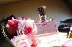 十大公认最好闻的香水 持久超好闻香水推荐