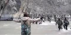 中印边境冲突现场视频公开 祁发宝张开双臂的震撼瞬间