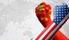 美高官:中国正加速取代美国