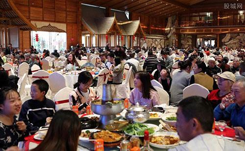 广州不再限制堂食每桌10人