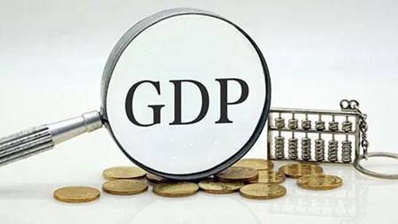 中国上半年GDP同比增长12.7%