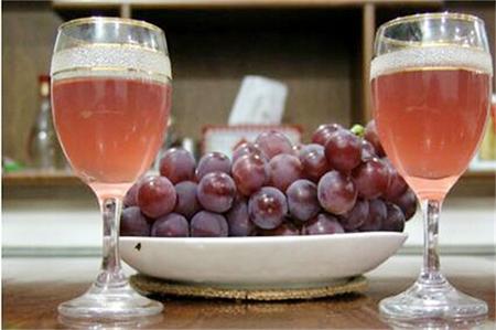 葡萄酒的制作方法(酿制葡萄酒的步骤)