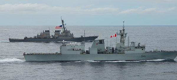 东部战区回应美加军舰过航台湾海峡
